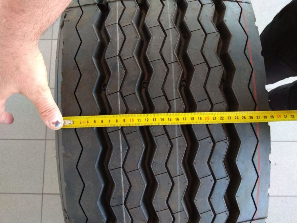 Фото ширины протектора шины 385/65 R22.5 Fullrun TB888