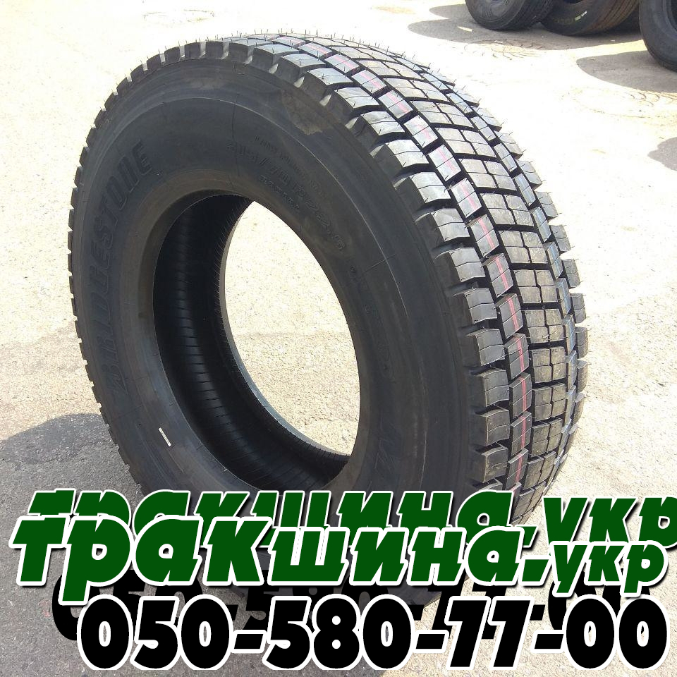 на фото показана шина Bridgestone M729