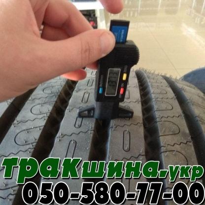 На фото показана глубина протектора шины matador f hr4 в размере 385/65