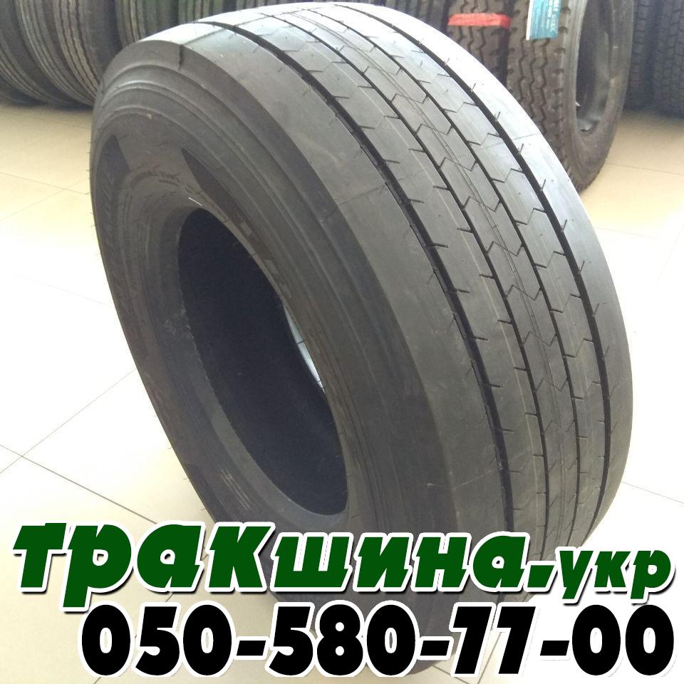 На фото показана грузовая шина 385/65R22.5 Triangle TRT02